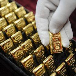 pelabuean emas, gold investment